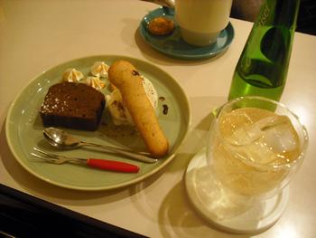 CAFE HOOMEE(ホーミー) ケーキセット