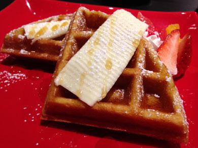 tonychloe-waffle2.jpg