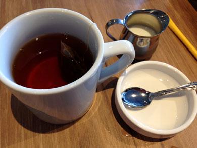 otto-tea.jpg